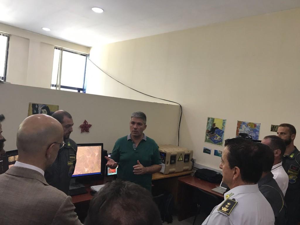 L'ambasciatore Italiano a Tirana visita il laboratorio di telerilevamento BENECON-Guardia di Finanza