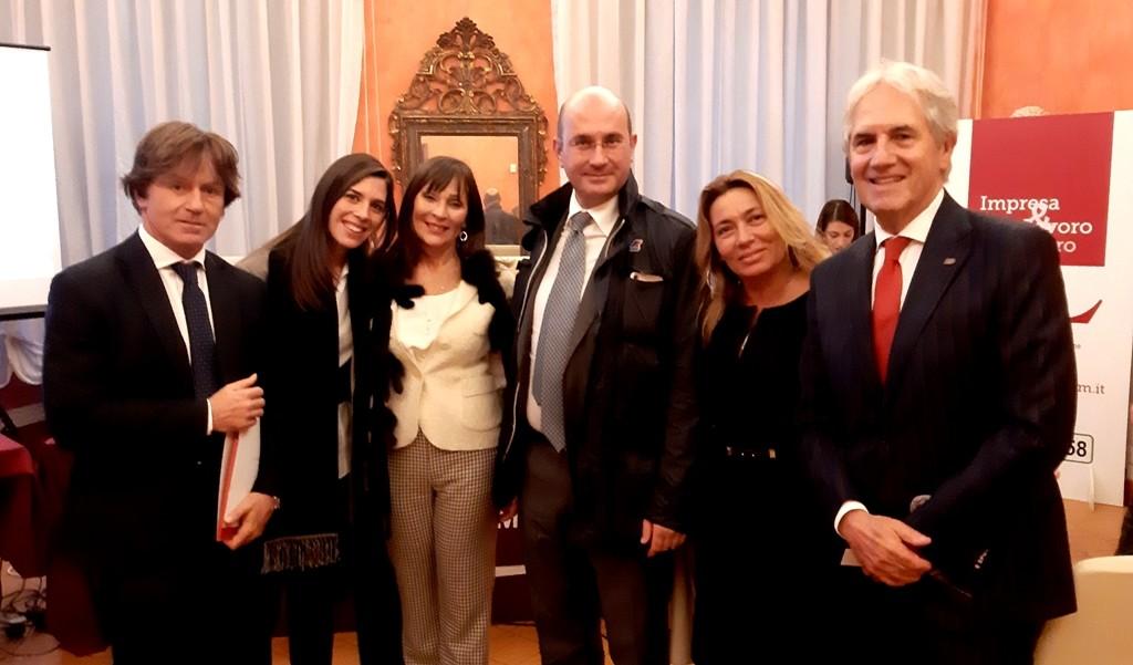 Il Prof. Gambardella presenta l'Associazione 'iMecenati per l'Arte, per il Cinema, per lo Sport'